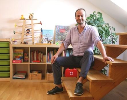 MUTABOR-Gründer Jürgen Sellge im Eitorfer Stammsitz.